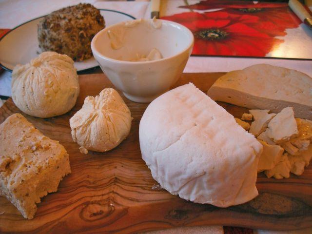 http://fatgayvegan.com/wp-content/uploads/2011/12/cheese.jpg