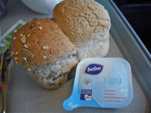 http://fatgayvegan.com/wp-content/uploads/2012/08/bread.jpg