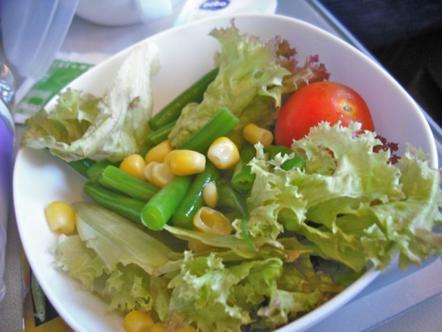 http://fatgayvegan.com/wp-content/uploads/2012/08/salad.jpg