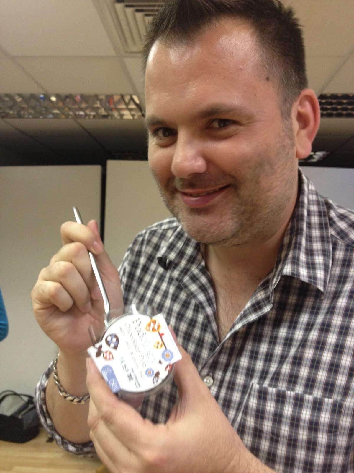 http://fatgayvegan.com/wp-content/uploads/2012/09/pudding.jpg