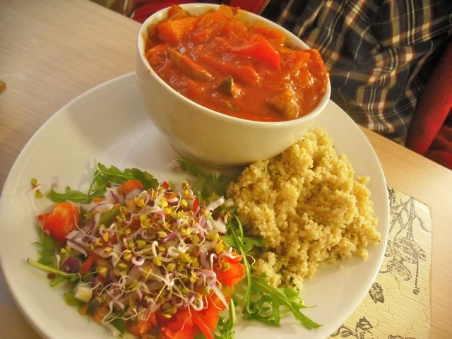 Moroccan Tagine with salad & cous cous