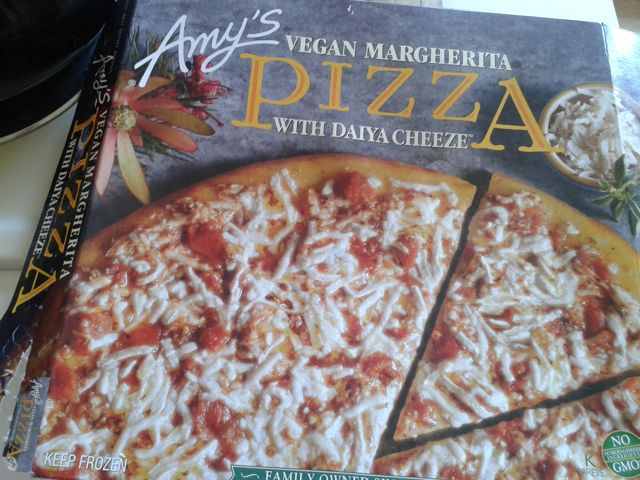 http://fatgayvegan.com/wp-content/uploads/2013/05/pizza-box.jpg