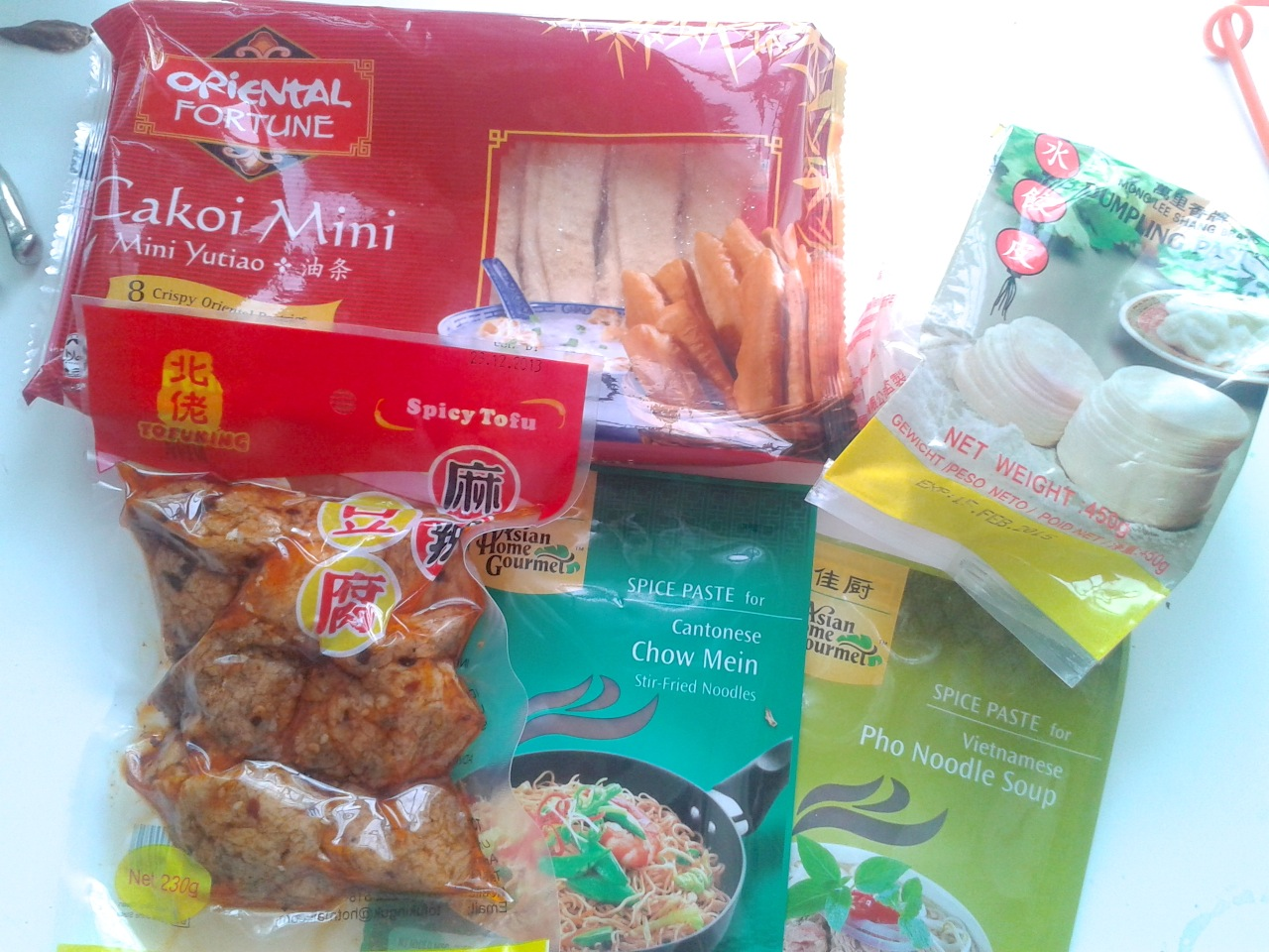 http://fatgayvegan.com/wp-content/uploads/2013/12/groceries.jpg
