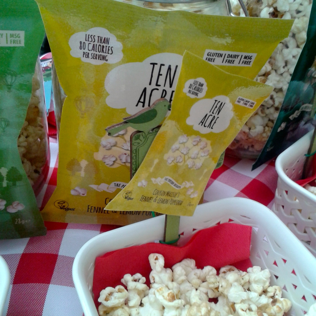 http://fatgayvegan.com/wp-content/uploads/2014/09/ten-acres-popcorn.jpg