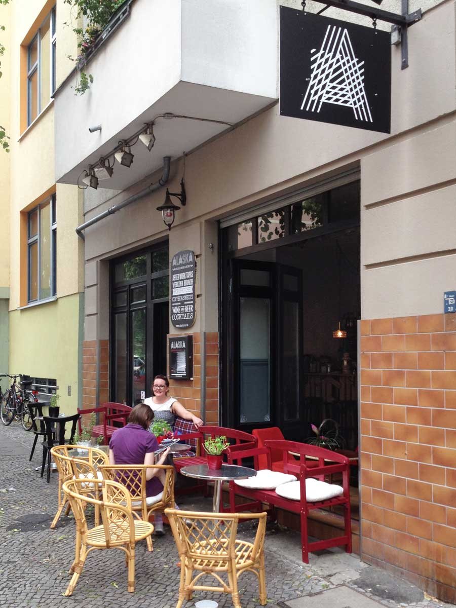 http://fatgayvegan.com/wp-content/uploads/2015/06/Alaska-Bar-Berlin-view-from-street.jpg