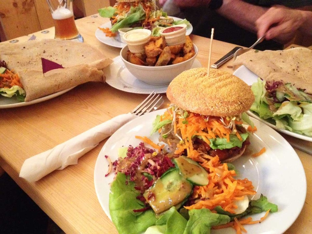 Let It Be in Berlin - delicious vegan burgers and crepes