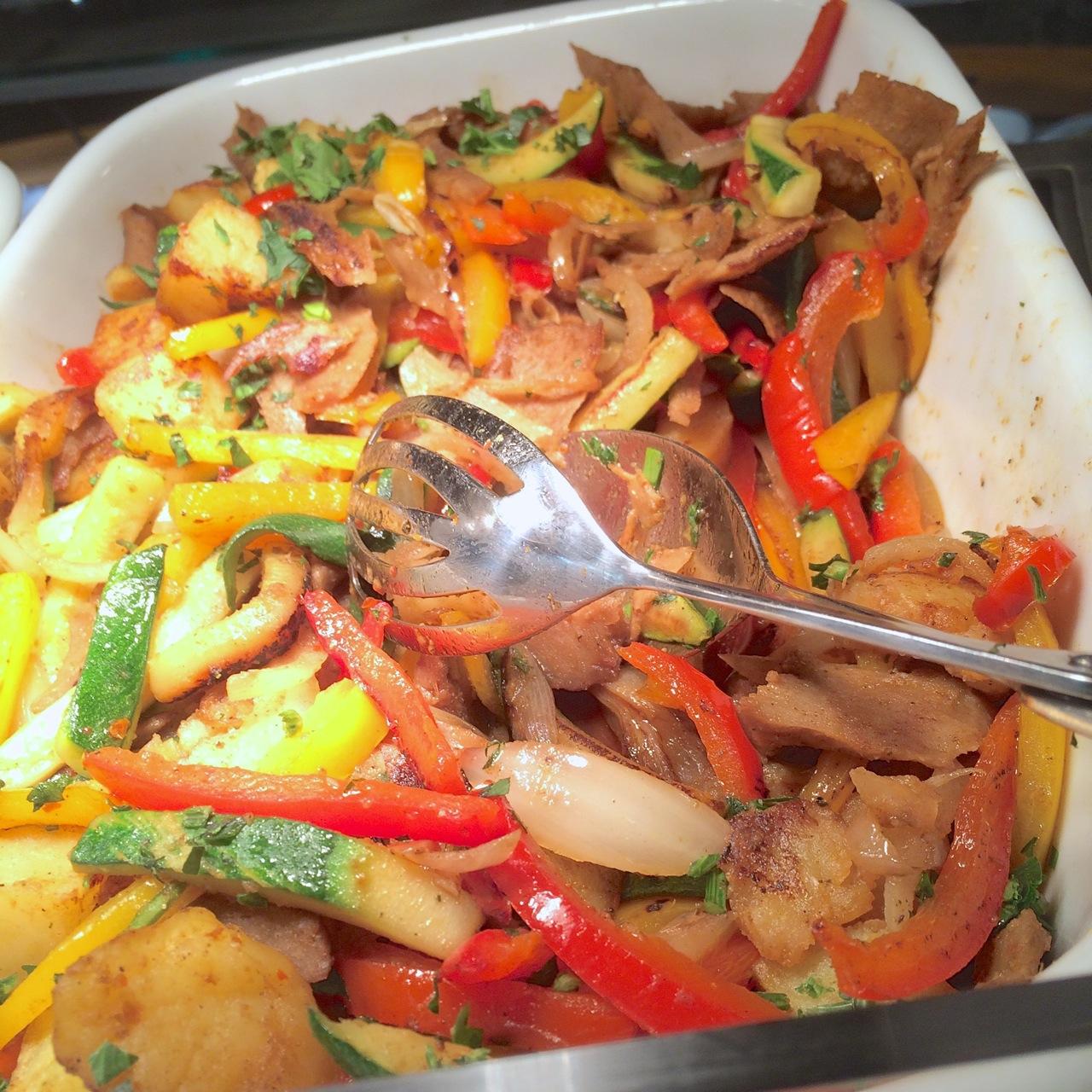 http://fatgayvegan.com/wp-content/uploads/2015/08/seitan-kebab-stir-fry.jpg