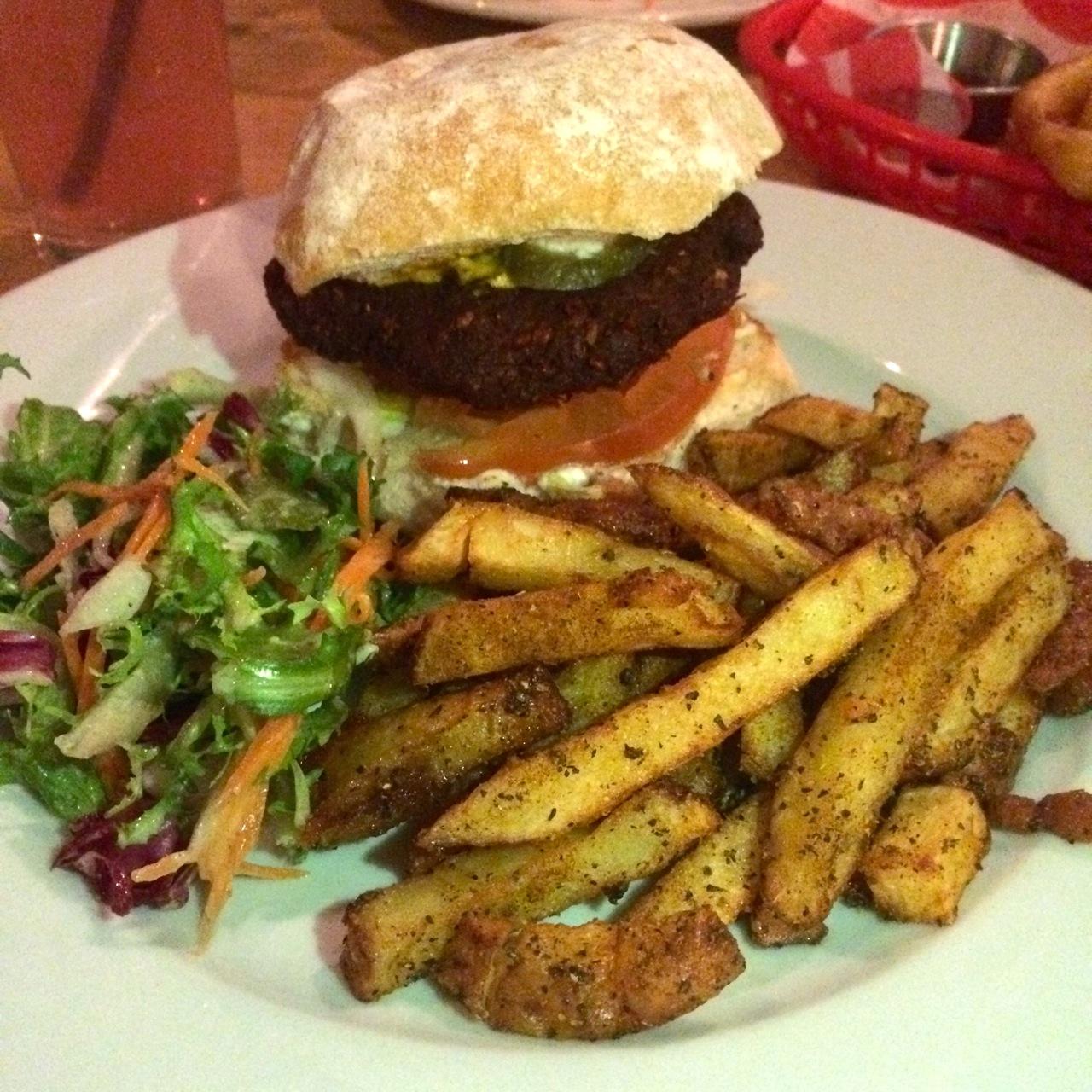 http://fatgayvegan.com/wp-content/uploads/2015/12/burger-and-chips.jpg