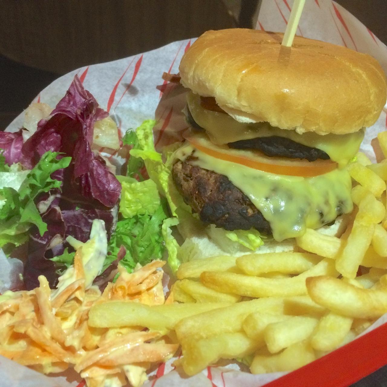 http://fatgayvegan.com/wp-content/uploads/2016/01/burger.jpg