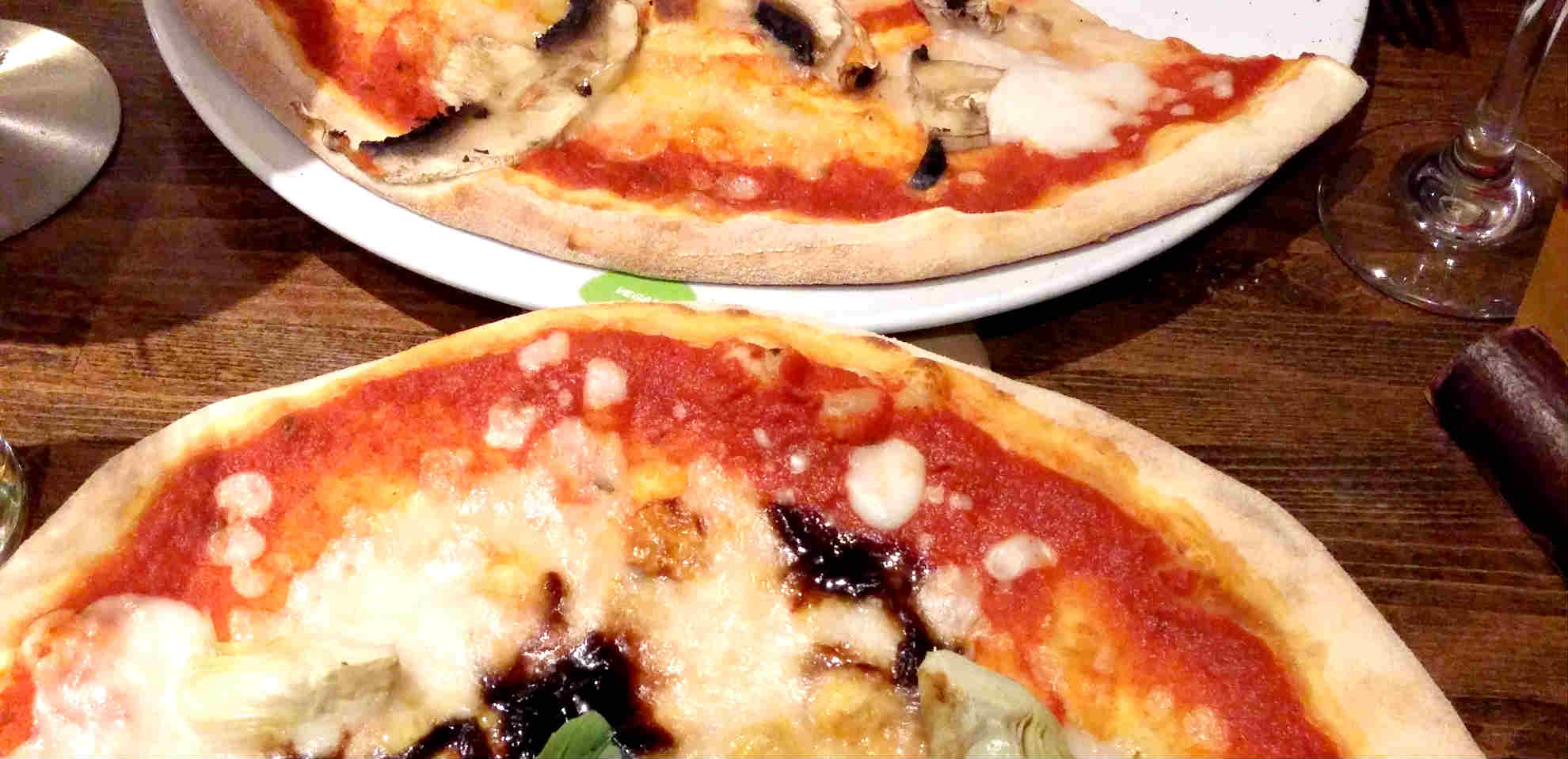 Vegan pizza at UK chain