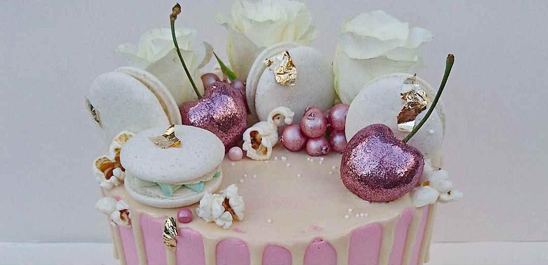 Gourmet vegan cake for Valentine's Day