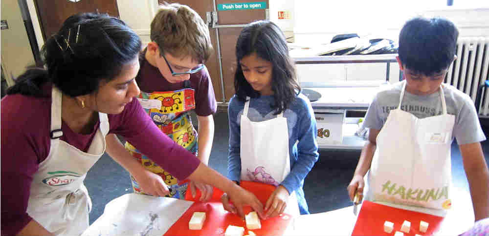 Vegan cooking classes for children