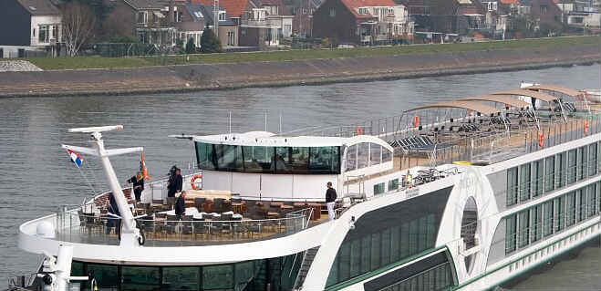 NYE cruise on the Rhine with FGV