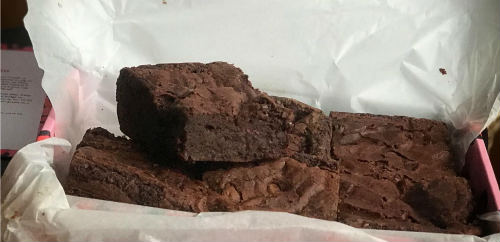 Order vegan brownies for UK delivery